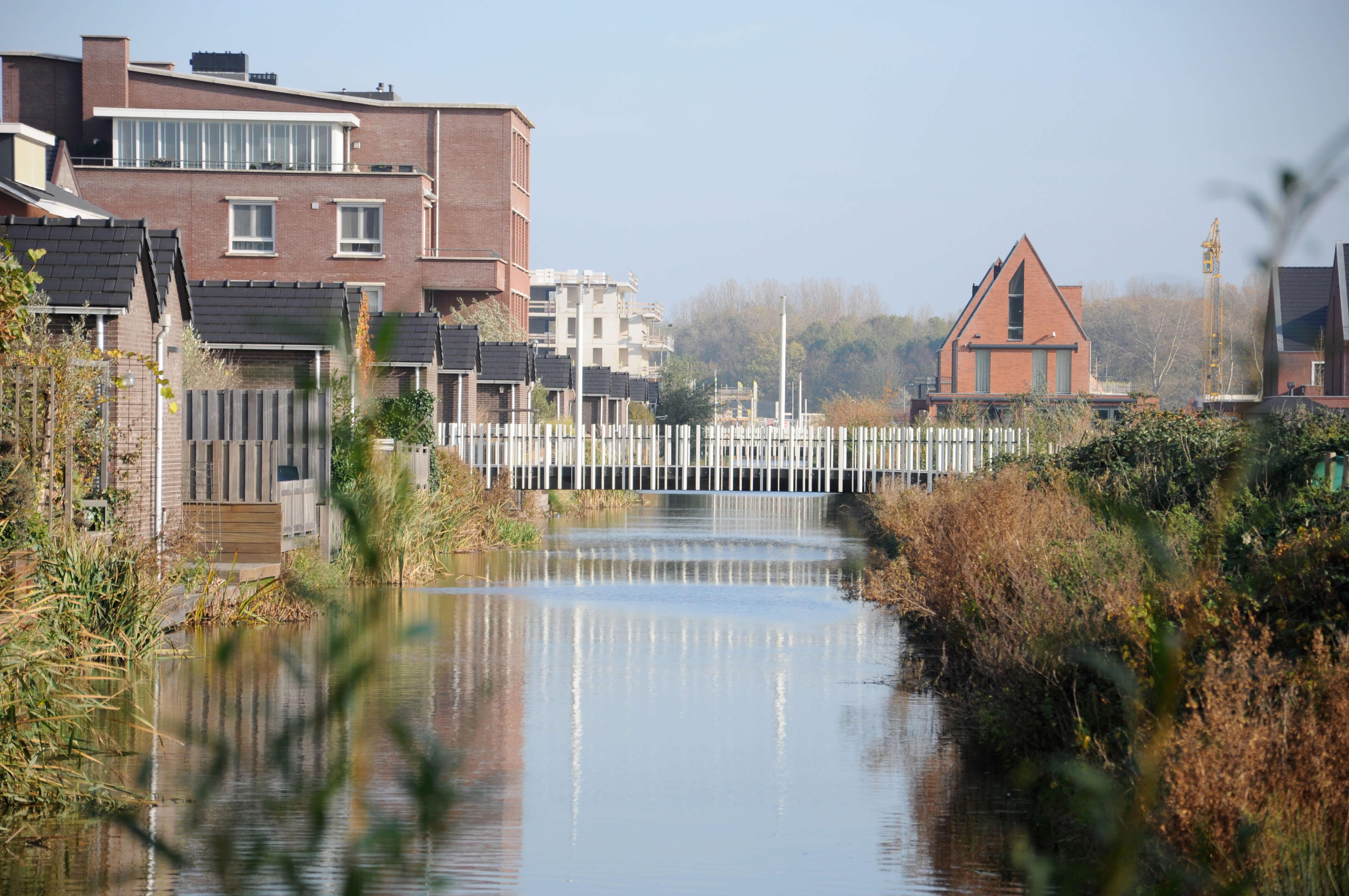 Bruggen Park Zestienhoven