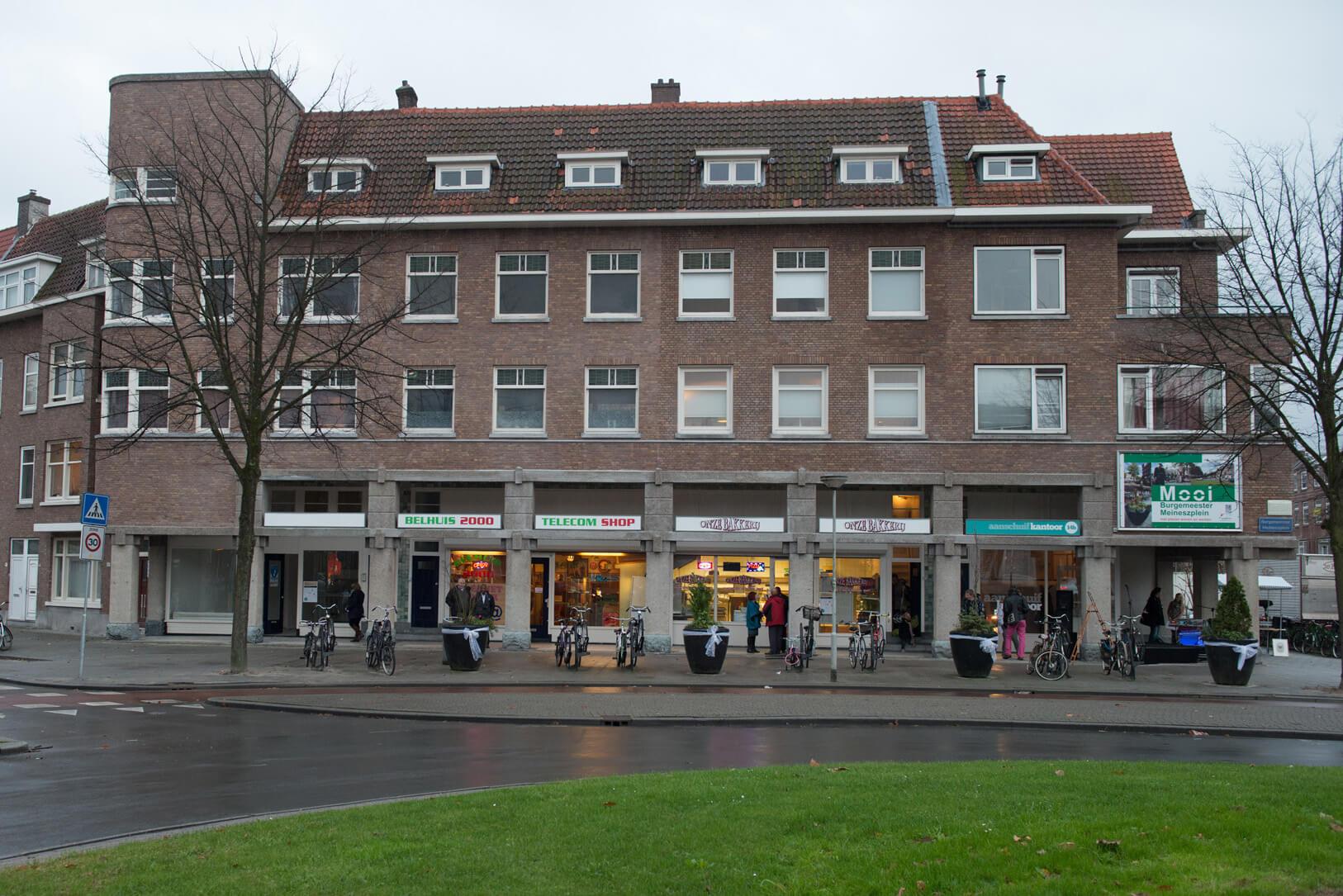 Het Arcadegebouw, B. Meineszplein