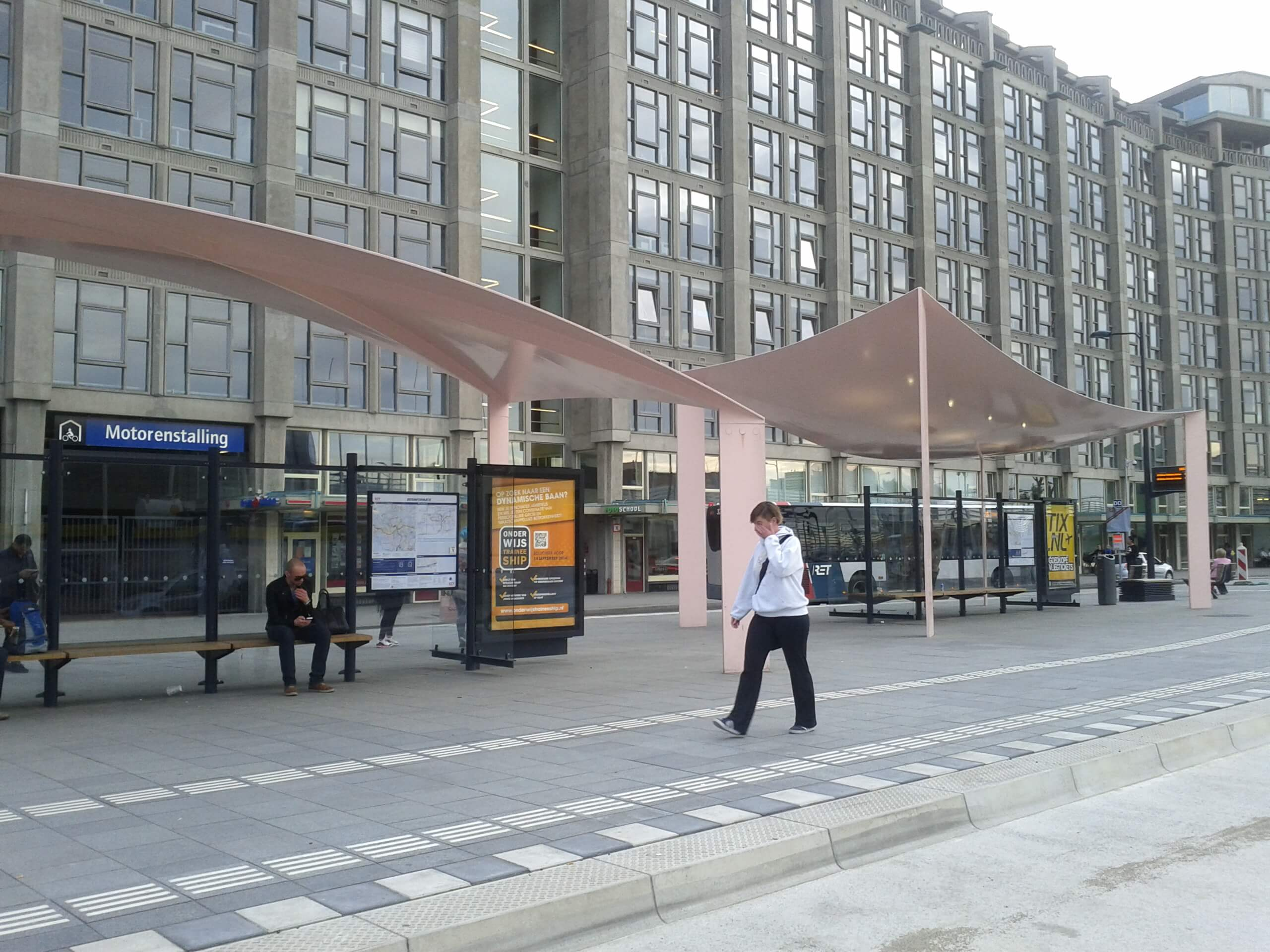 Canopies busstation
